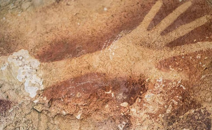 v2 Borneo cave painting hand print