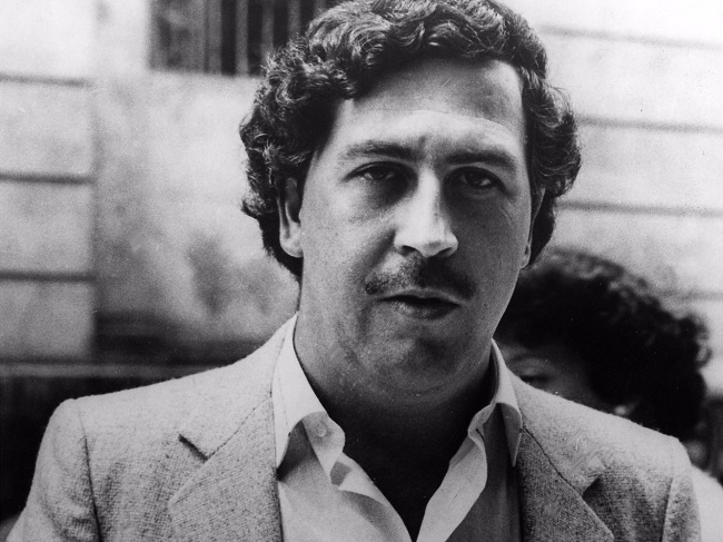 legendary drug lord pablo escobar lost 21 billion in cash each year and it didnt matter