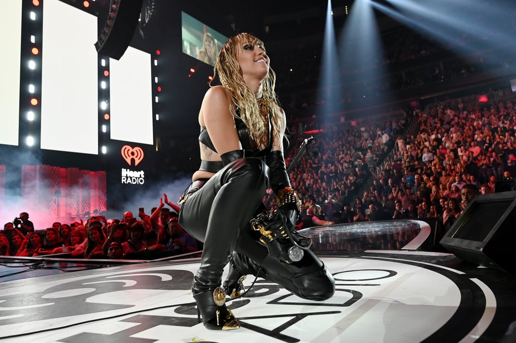 miley cyrus iheartradio music festival performance videod